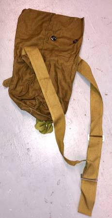 Photo 140 Vintage Canvas Russian gas mask bags surplus military army - $4 (Palmdale, Ca)