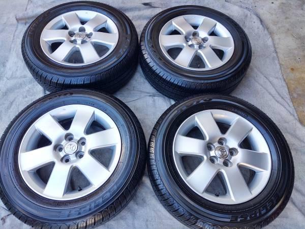 Photo 15quot Toyota Corolla Wheels SEMI -NEW TOYO TIRES - $525 (Gardena)