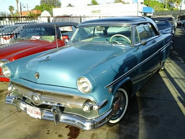 Photo 1954 Ford 1954 Skyliner Glass roof classic car - $24,000 (Hollywood,Calif)