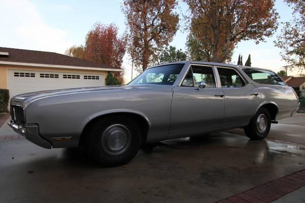 Photo 1970 Oldsmobile Cutlass Wagon - $15000 (Sherman Oaks Ca)