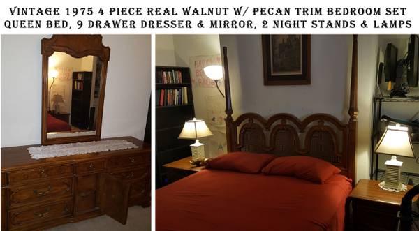 Photo 1975 Antique Real Wood 4 Piece Bedroom Set - $750 (Inland Empore)