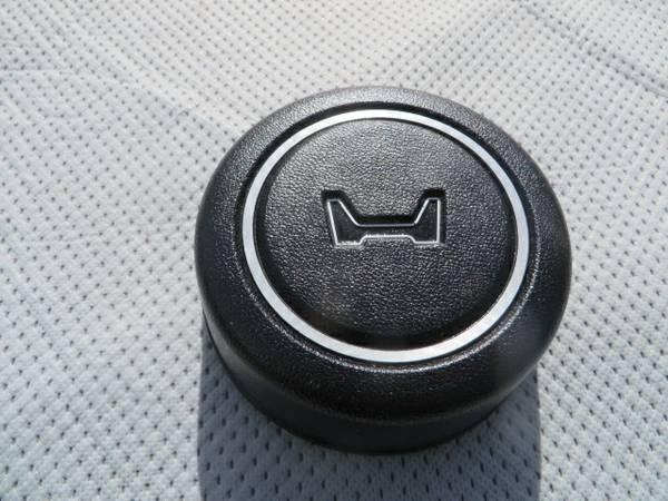 Photo 1978 1979 Honda Civic Horn Button - $25 (Woodland Hills, Ca.)