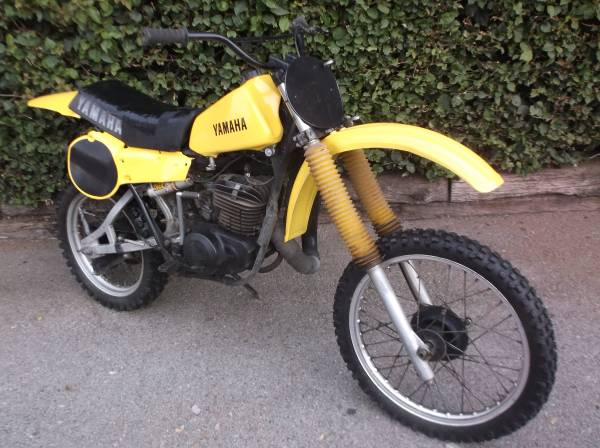 Photo 1979 YAMAHA YZ 400 Vintage MotoCross Racer Project bike - $750 (Lakewood Village Country)