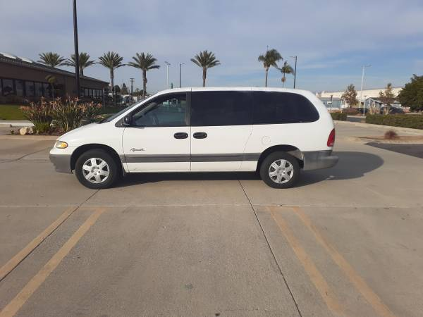 Photo 1998 Plymouth Grand Voyager - $1,350 (Los Angeles, CA)
