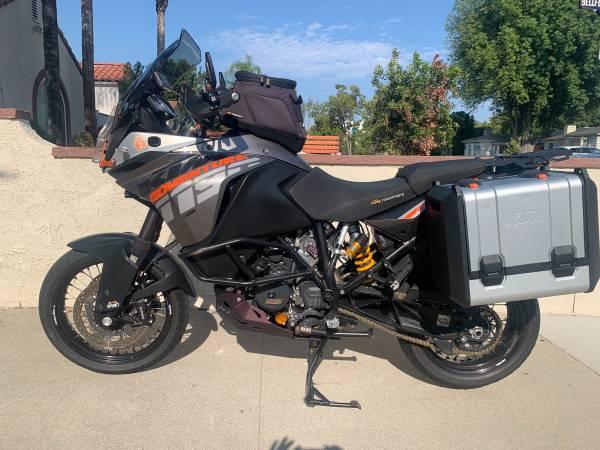 Photo 2014 KTM 1190 ADVENTURE S - $9,750 (STUDIO CITY)