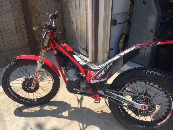 Photo 2018 Gas Gas TXT 300 trials bike - $5,900 (Long Beach)