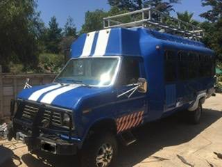 Photo 4x4 E350 BUS VAN ADVENTURES VEHICLE - $12,500 (100north 101)