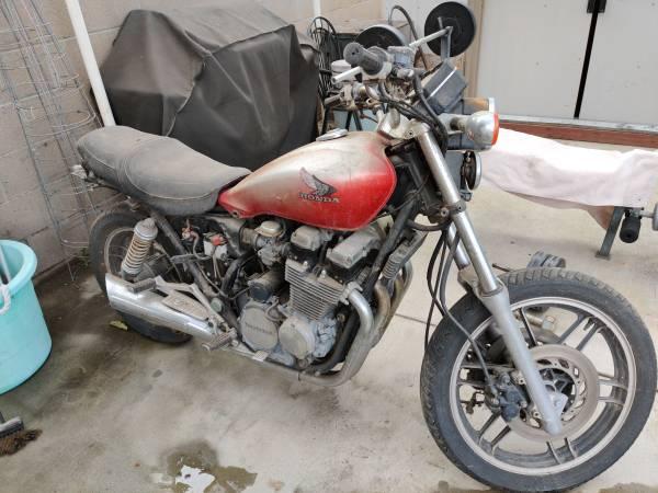 Photo 84 Honda 650cc - $150 (Gardena)