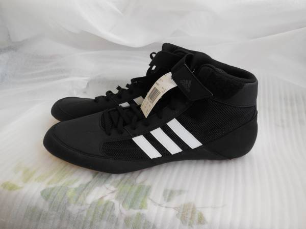 Photo Adidas Men39s Wrestling Mat Shoes - $60 (westside-southbay)