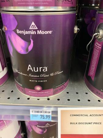 Photo Benjamin Moore Aura Semigloss Interior Paint and Primer For Sale - $50 (626)