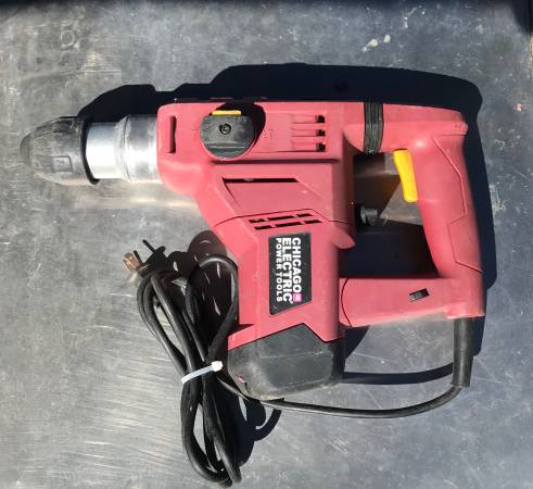 Photo Chicago Electric 1-18 SDS Rotary Hammer - $70 (West Hills)