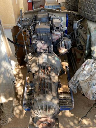 Photo Cummins 6.7 ram 5500 diesel with AISIN AS69RC heavy duty transmission - $6,000 (Los Angeles)