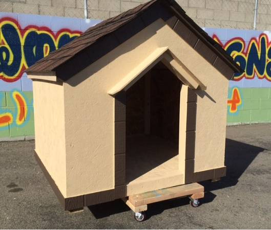 Photo Dog house 4x4x4 with delivery - $450 (LA, San Fernando, Ventura)