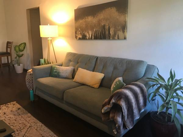 Photo Estate Sale in Lincoln Heights - Covid Safe (Lincoln Heights near downtown)
