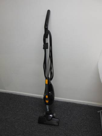 Photo Eureka 3-in-1 Stick Vacuum - $25 (westside-southbay)