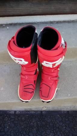Photo FOX INSTINCT MX BOOTS - $295 (BurbankNorth Hollywood)