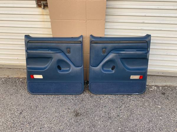 Photo Ford F350 F250 door panels 1992-1997 obs - $175 (North Hollywood)