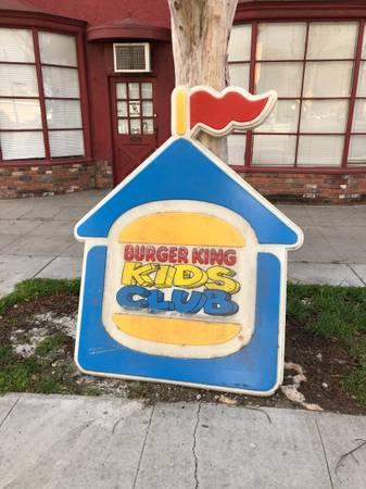 Photo Free vintage burger king signs a pair (Burbank)