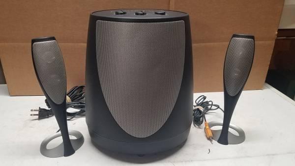 Photo Harman Kardon stereo soundstick multimedia speaker wsub - $10