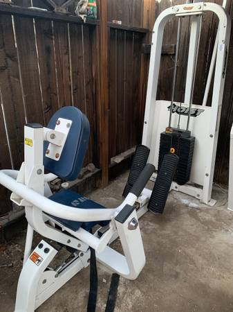 Photo Hoist HD Low Back Machine w 200 lb Weight Stack - $350 (Canyon Country)