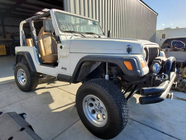 Photo Jeep TJ Wrangler PARTING OUT - $123,456 (Rosamond)