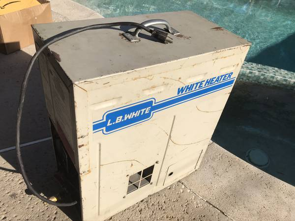 Photo L.B. White Tent, Green house, Garage portable propane heater - $200 (North Hills)
