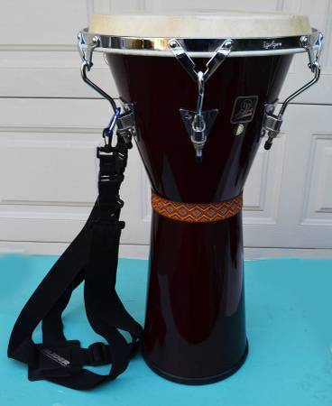 Photo LP Aspire Chrome Djembe Drum w Strap 25quot Tall and 12.5quot Head - $100 (VAN NUYS)