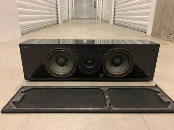 Photo NHT VS-1.2a 4.5quot Woofers Center Channel Speaker Home Theater Speakers - $80 (West Hollywood, CA)