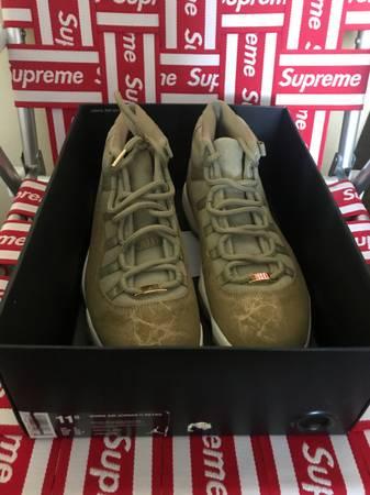 Photo Nike Air Jordan 11 Neutral Olive women size 9.5 - $180 (Orange, CA)
