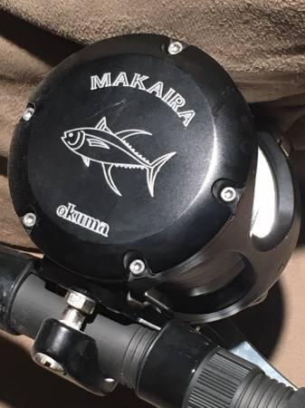 Photo Okuma Makaira 16 ll SEa Matte Black 500 yds. 100 lb Powerpro - $500 (North Hollywood)