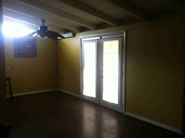 Photo Room for Rent Near Cal Poly Close to College of MtSac (PomonaCal PolyMt. Sac)