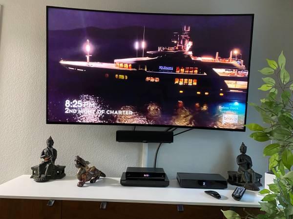 Photo Samsung UN65HU7200 65in LED 4K UHD Curved HDTV - $1 (WLACulver CityVenice)