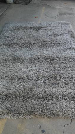 Photo Several Ikea Rugs Nice Excellent Condition (North hills)