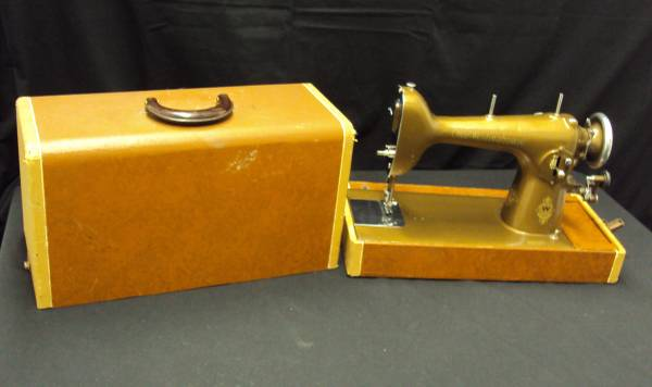 Photo Sewing Machine with Carrying Case from Westinghouse Portable - $120 (Bell Gardens)