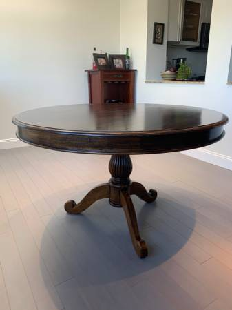 Photo Solid Wood Dining Table - $150 OBO - $150 (Woodland Hills)