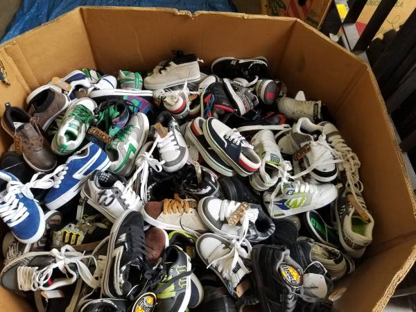 Photo closeout- New World Industries Kids Sle Sneakers. - $5 (carson)