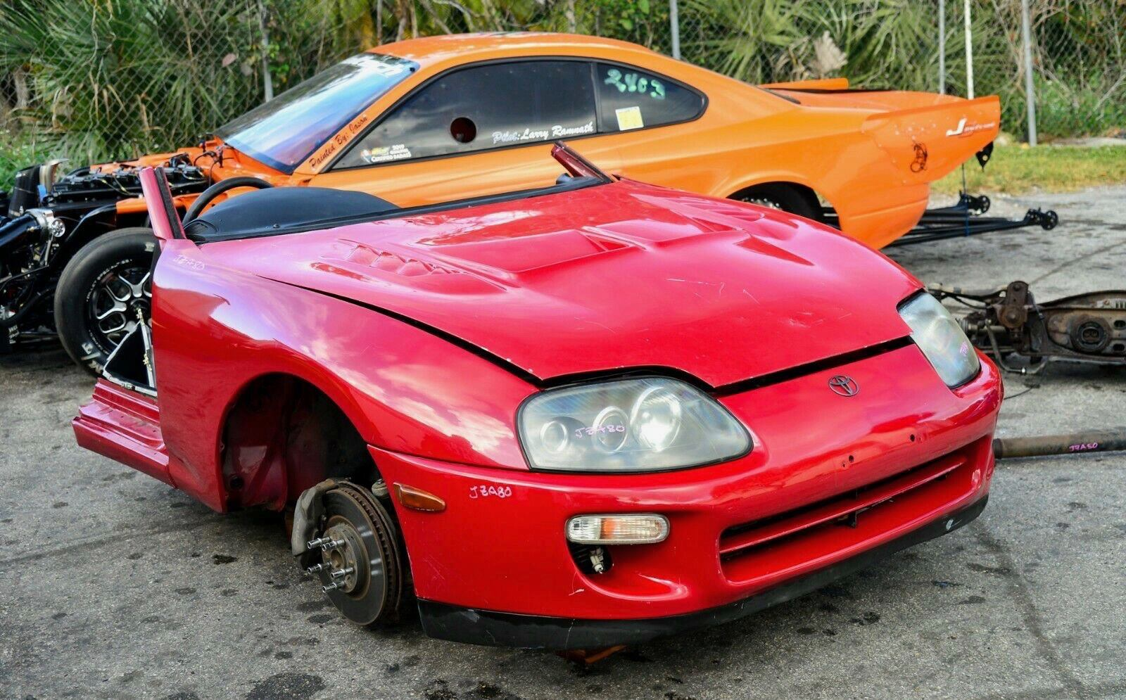 Photo Toyota Supra Turbo Front Clip Cut JDM OEM 2JZGTE JZA80 RHD Automatic Half MK4