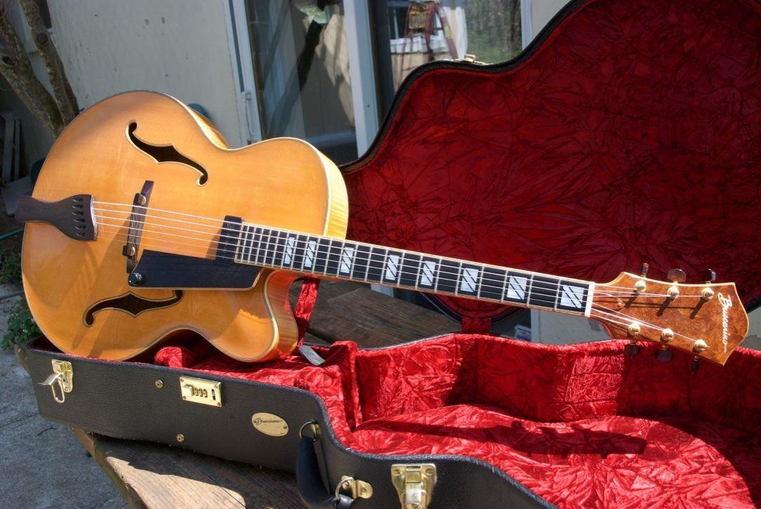 Photo 1999 Buscarino Custom Artisan Archtop Guitar