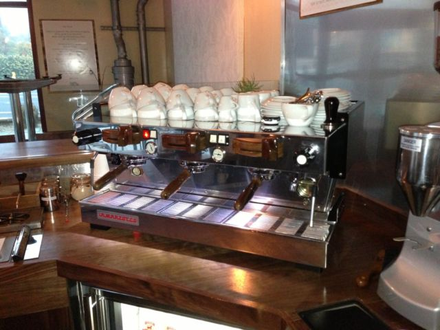 Photo La Marzocco Linea 3 Group Mechanical Paddle Espresso Machine