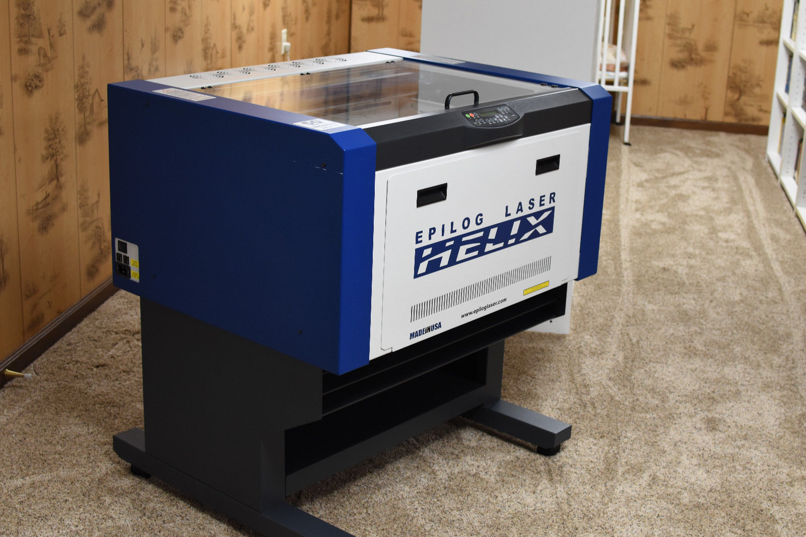 Photo Epilog Helix Laser Engraver 50 watt 24 x 18