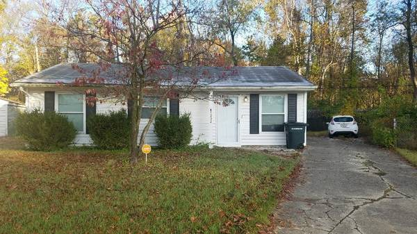 Photo 100sq.ft room for rent (Jeffersonville, IN)