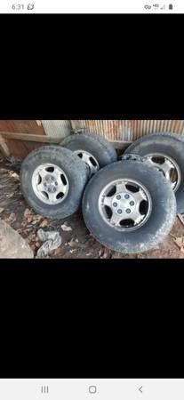 Photo 16quot chevy 6 lug aluminum wheels - $200 (Hanover)