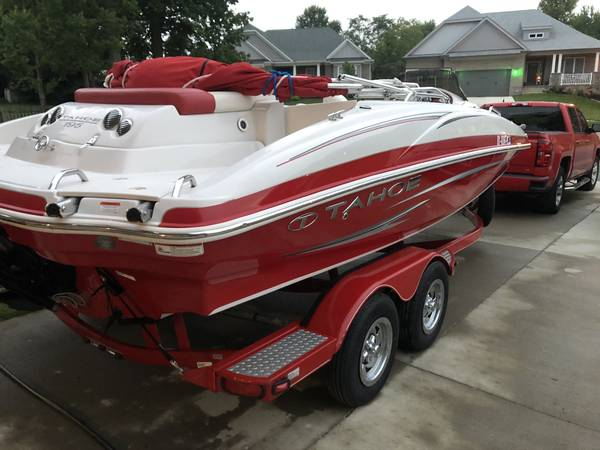 Photo 2012 Tahoe 195 Deck Boat for Sale - $21,500 (LOUISVILLE)