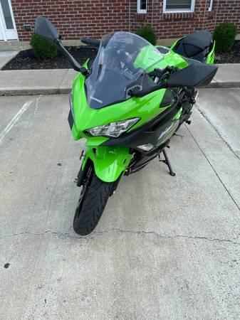 Photo 2018 Ninja 400 KRT abs - $4,500 (Harrison)