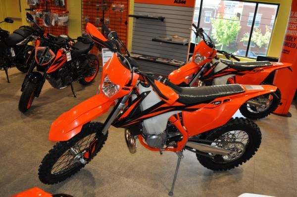 Photo 2019 KTM 250 XC-W TPI - $7900 (COMMONWEALTH MOTORCYCLES)