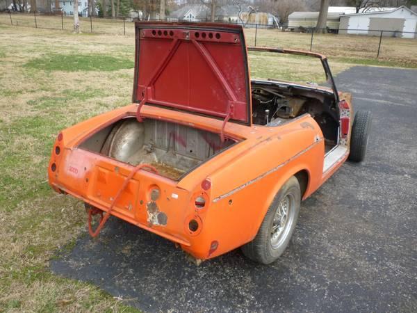 Photo 3969 Datsun 2000 Parts Car - $600 (Louisville)