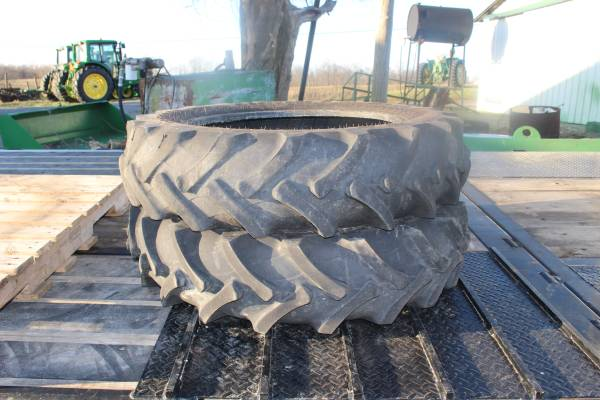 Photo 9.5 x 24 Tractor Tires - $475 (New Castle , Ky)