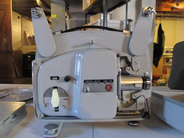 Photo Bolex-Paillard Super 8mm Projector with Case and extras - Works - $65 (Louisville)