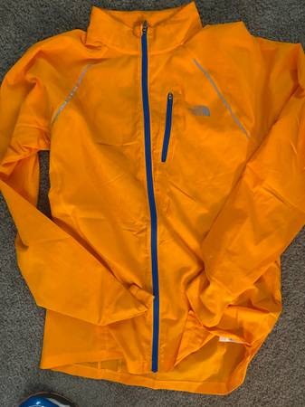 Photo Coats  Jackets (North Face, Patagonia, Mammut) - $850 (Irish Hill)