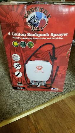 Photo Country Way Backpack 4 Gallon sprayer - $30 (Shelbyville)